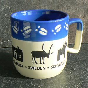 Kaffeebecher / Teebecher für den Schwedenfan mit Schwedenhaus, Rentier und Dalapferd
