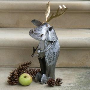 Für Freunde lustiger Metallskulpturen oder Elchfans: Deko-Elch 30cm aus Metall