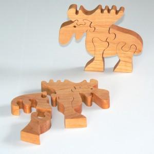 Geliefert wird nur 1 Holzpuzzle Elch
