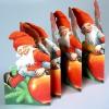 Typisch schwedische Weihnachtsdeko: Leporello Tomte mit Apfel