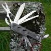 Schlüsselanhänger Taschenmesser mit Elchmotiv und Schwedenflagge