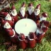 Harvesttime Teelichthalter für ein großes Teelicht Wichtelkreis rot