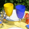 2 Weingläser in schwedischen Nationalfarben Blau und Gelb
