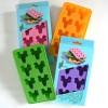 Mitbringsel: schwedische Eiswürfelform / Schokoladenform aus Silikon für 8 Elche