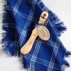 Blaues Deckchen aus Baumwolle für den Brotkorb und Buttermesser