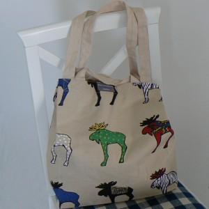 Einkaufstasche mit langen Riemen und...