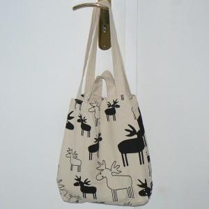 Einkaufstasche / Einkaufsbeutel / Shopper schwarze Elche Design: Ulrika Elofsson