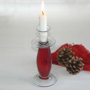 Kerzenleuchter aus rotem Glas