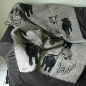 Wolldecke / Schurwolldecke Schaf und Lamm schwarz-grau