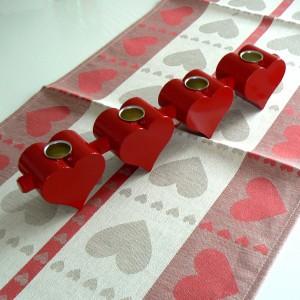 """Leuchter """"4 Herzen"""" aus Holz rot"""
