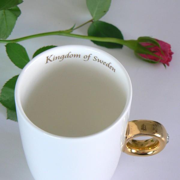 "Königlicher Kaffeebecher / Teebecher Fingerring mit Beschriftung ""Kingdom of Sweden"""