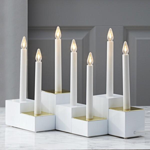 """Schwedischer LED-Lichterbogen """"Klossy"""" 7-flammig aus Holz Design: Charlotte Falck"""