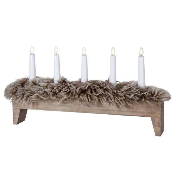 """Schwedischer LED-Fensterleuchter """"Svenljunga"""" braun 5-flammig aus Holz mit echtem Schaffell"""