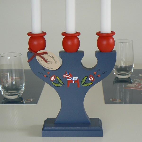 3-armiger Kerzenhalter Dalapferd blau Kunsthandwerk