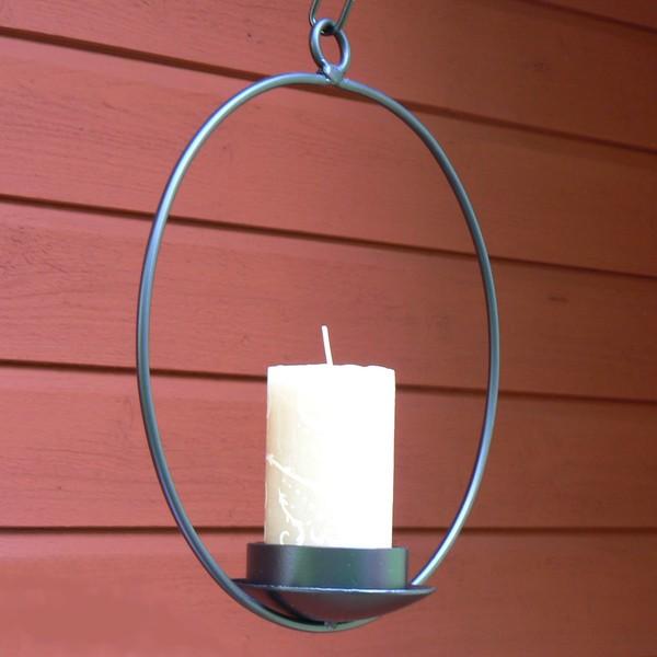 Runder Hängeleuchter aus Metall für eine Stumpen Kerze