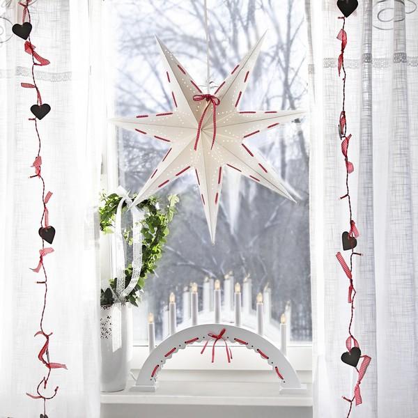 Skandinavische Adventsdekoration mit der Serie Elvira